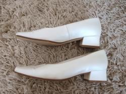 Chaussures de la mariée ivoire
