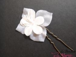 Piques cheveux Fleur de Soie & Strass