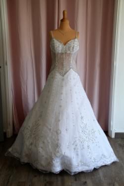"Robe de mariée 106-05 ""Kelly Star"""