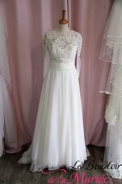 "Robe de mariée + Boléro perlé ""Cymbeline"""