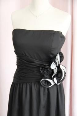 "Robe de cocktail noire ""Manoukian"""