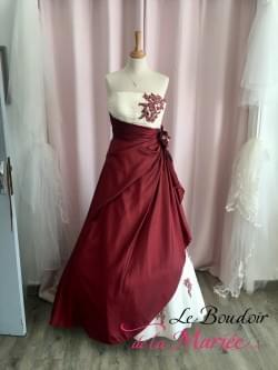 "Robe de mariée Esperanza Rouge ""Inn Love-Pronuptia"""